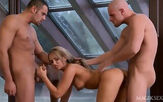 Natural perky jugs nearly 3some orgy - Aleska diamond
