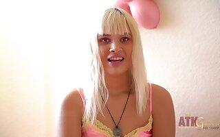 Hot porn girl Kendall Kross Appertain