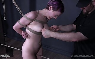 Teen punk slut Sierra Cirque suspended in mid air and tortured