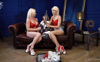 Kinky blonde slut Franny goes lesbian fro enjoy fantastic pleasant scissoring