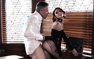 Kinky secretary with heavy makeup Lola Fae gives proper deepthroat BJ