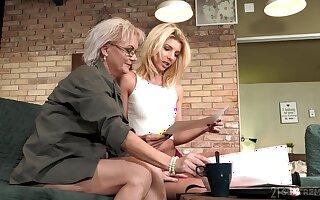 Aging lesbian Elvira is devoted of beautiful young body of 19 yo model Missy Luv