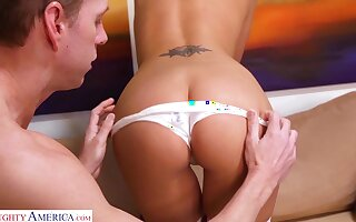 Smiley in colorful stockings Katie Jordan loves fucking doggy unswervingly