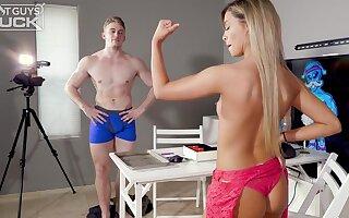fitness teen Angelica Foster hot sex video